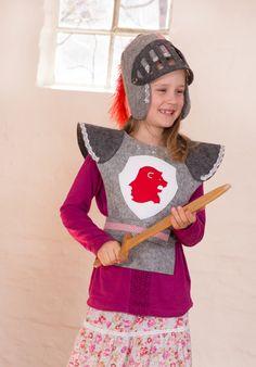 Kostüm für Kinder mit Ritterrüstung für Fasching / knight costume for kids for carnival by Designer-Brause via DaWanda.com