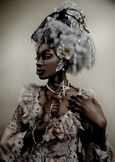 Not sure if she was aiming for steampunk or just Neo-Victorian but she is ricking the shit out of it. Rococo Fashion, Lolita Fashion, Afro Punk, Black Girl Magic, Black Girls, Divas, White Blonde Hair, Gray Hair, Ella Enchanted