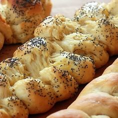 I can't wait to make this!!   Maybe today who doesn't like fresh homemade bread!!