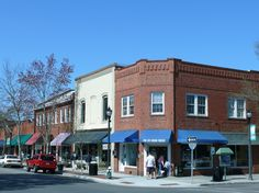 Downtown #SouthernPines, #NC. Orangeades, Monkees, lattes, ice cream, need I say more?