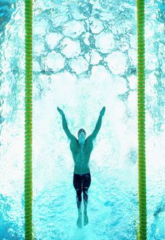 Why Phelps is a Gold Medal Machine - he is flipper man. #butterfly #swimming #olympics