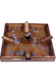 jeu traditionnel en bois , le jeu de puces