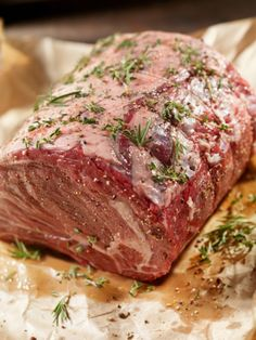 This flavorful roast beef is rubbed with garlic and herbs then covered and refrigerated for an hour or two before roasting. A delicious roast beef recipe using a sirloin tip roast. Beef Sirloin Tip Roast, Beef Loin, Sirloin Tips, Beef Tips, Rib Roast, Beef Steak, Smoked Meat Recipes, Healthy Meat Recipes, Roast Beef Recipes