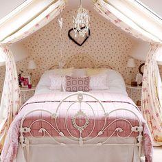Kinderzimmer Wohnideen Möbel Dekoration Decoration Living Idea Interiors home nursery - Rosa und girly Land Schlafzimmer