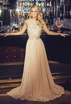 Carrie Underwood ✾ Hello Magazine Carrie Underwood Photos, Carrie Underwood Wedding, Country Music Singers, Country Artists, Fashion Idol, Beautiful Celebrities, American Idol, Female Singers, Carie Underwood