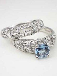 Aquamarine Engagement Ring with Vine and Leaf Motif ... I love the set too