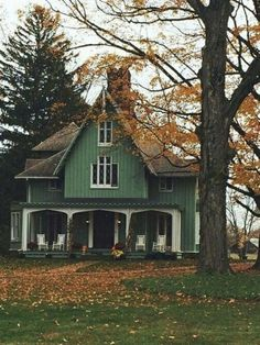 Autumn home - A place to share beautiful images of interior design, residential architecture and occasional other Future House, My Dream Home, Dream Homes, House Goals, Autumn Home, Cozy House, House 2, Farm House, Old Houses