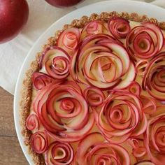 Apple Walnut Tart with Maple Custard....beautiful=))