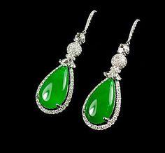 Jadeite Jade 翠綠翡翠耳環