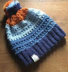 Denim Dreams Hat - free crochet pattern at MomsLoveOfCrochet