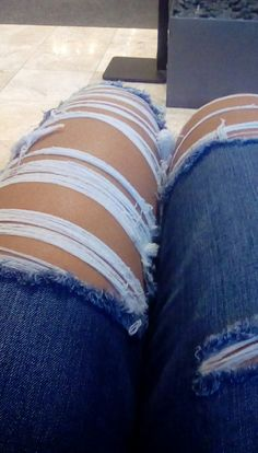Ripped Jeans!!!!! ❤❤❤(American Eagle)