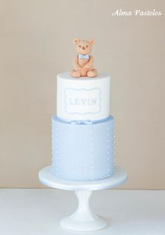 About two years ago I made a cake for the baptism of two little sweet girls. This time their mother asked me for a baptism cake for her godchild. I feel always very honoured when customers return and order a second cake…. Cupcakes, Cupcake Cakes, Simple Baptism Cake, Boys 1st Birthday Cake, Birthday Parties, Teddy Bear Cakes, Bolo Cake, Salty Cake, Cakes For Boys