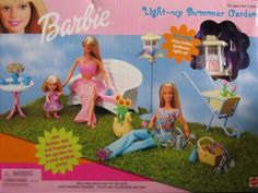 Barbie Light Up Summer Garden Playset w Light-Up Bird House (1999) by Mattel Mattel http://www.amazon.es/dp/B00U1ZL88M/ref=cm_sw_r_pi_dp_1TXWwb1KWCESE