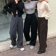 Winter Fashion Trends 2020 for Casual Outfits Look Fashion, 90s Fashion, Korean Fashion, Fashion Outfits, Street Fashion, Fashion Ideas, Winter Fashion, Girl Fashion, Travel Outfits