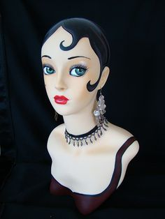 Repainted mannequin head ala Flapper version.