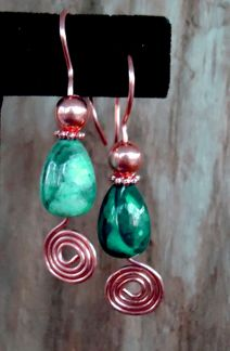 All-Inclusive Earrings  Materials  18-gauge round dead soft OR 20-gauge round half hard wire (depending on the size of the ear hole), one foot   2  6mm round, smooth beads   2  5mm daisy beads   2  12-15mm tall beads