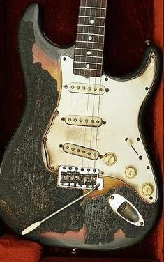 "Hendrix Stratocaster... Notice that it is strung ""upside down"" to be played left-handed"
