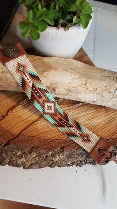 off loom beading techniques Loom Bracelet Patterns, Bead Loom Bracelets, Bead Loom Patterns, Bracelet Designs, Beading Patterns, Jewelry Patterns, Beading Ideas, Bead Loom Designs, Beadwork Designs