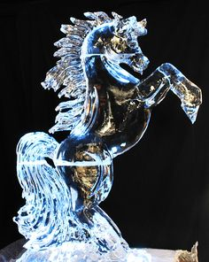 horse ice carving