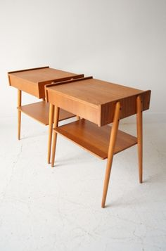 Pair of 1950s Danish teak bedside tables, AB Carlstrom & Co. Mobelfabrik