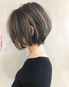 Pin by Naomi on ヘアスタイル in 2020 Pretty Hairstyles, Bob Hairstyles, Asian Short Hairstyles, Hair Inspo, Hair Inspiration, Medium Hair Styles, Curly Hair Styles, Shot Hair Styles, Hair Arrange