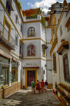 Casco antiguo de Sevilla La Juderia.