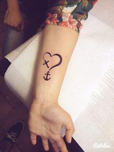 Tatuagem de Coração, Âncora e Cruz