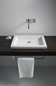 Consoles on pinterest duravit products and website - Vasque een poser duravit ...