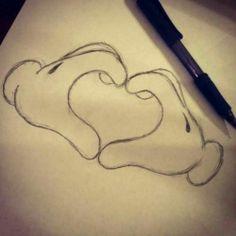 Mickey Mouse handen tekenen