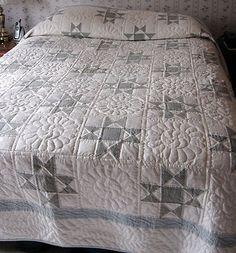 Elegant hand made Amish quilt/ blue & white r.ebay