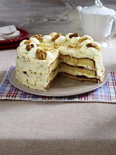 Unser beliebtes Rezept für Nuss-Torte mit Rumcreme und mehr als 55.000 weitere kostenlose Rezepte auf LECKER.de.
