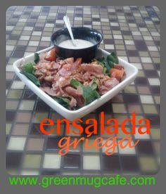Nuestra deliciosa ensalada griega #healthyfood #saladlovers