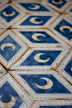 ▨texturas - Blue and white tiles You Are My Moon, Interior And Exterior, Interior Design, Ivy House, Home And Deco, Ravenclaw, Textures Patterns, Star Patterns, My Dream Home