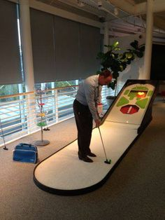 Trying the Android skeeball putt-putt game