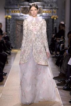 Valentino Spring/Summer 2012 Haute Couture