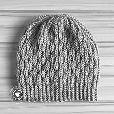 Thick MACA Latvia Unisex Slouch Beanie Hats Warm /& Stylish Winter Hats Black