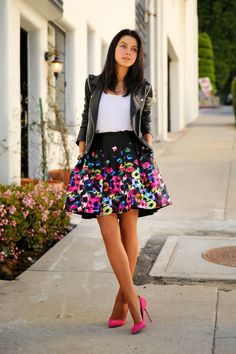 """VIVALUXURY - FASHION BLOG BY ANNABELLE FLEUR: GRAFFITI Milly Pouf skirt { also here } 