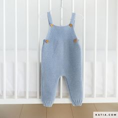 Baby Boy Knitting Patterns, Baby Sweater Knitting Pattern, Baby Patterns, Baby Dungarees, Funny Baby Clothes, Babies Clothes, Babies Stuff, Romper Pattern, Newborn Girl Outfits