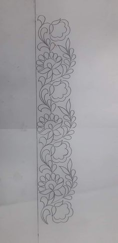 Border Embroidery Designs, Embroidery Suits Design, Floral Embroidery Patterns, Hand Embroidery Stitches, Crewel Embroidery, Quilting Designs, Zardozi Embroidery, Wreath Drawing, Sewing Art