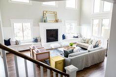 Dream home: Lots of natural light, architectural details, and beautiful colors - Decorology