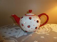 Ladybug teapot