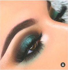 eye makeup must haves & eye makeup must haves Hazel Eye Makeup, Dramatic Eye Makeup, Eye Makeup Brushes, Natural Eye Makeup, No Eyeliner Makeup, Blue Eye Makeup, Hazel Eyes, Prom Makeup, Makeup Art