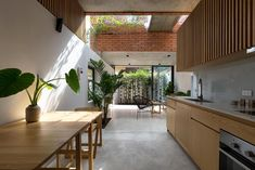 VH House / ODDO architects Architect House, Hanoi, Contemporary Architecture, Traditional House, Ground Floor, Interior And Exterior, Interior Design, Building A House, Small Backyards