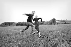 Beloved - parfotografering i Göteborg Running, Amp, Couple Photos, Couples, Couple Shots, Keep Running, Why I Run, Couple Photography, Couple
