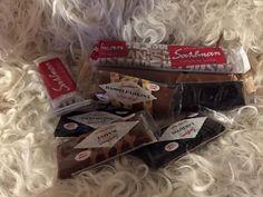 """Sahlmanin herkullisia & hampaisiin tarttumattomia toffeita nyt """"joka maun"""" kokoelmina. Vaihtoehdot 4 x 100g(6,50€) ja 10 x 50g(9€)"""