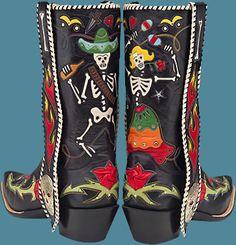 Fantastic pair of Dia de los Muertos boots!