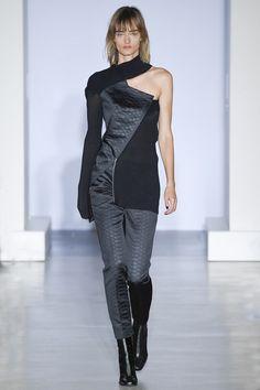 Yang Li - Spring 2017 Ready-to-Wear