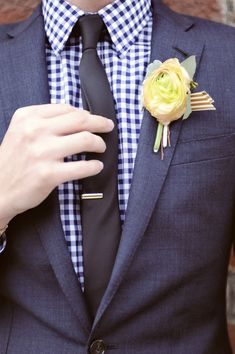 ranunculus boutonniere and a great check shirt  Photography by elizajphotography.blogspot.com