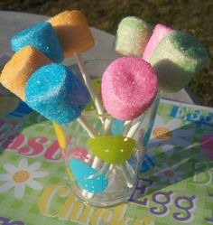 Homemade Peeps Easter Recipe! Easy to make with marshmallows and sprinkles!