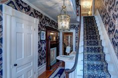 The welcoming entrance foyer at #WinterwoodatPetersham, #Bedandbreakfastforsale http://www.19northmainstreet.com
